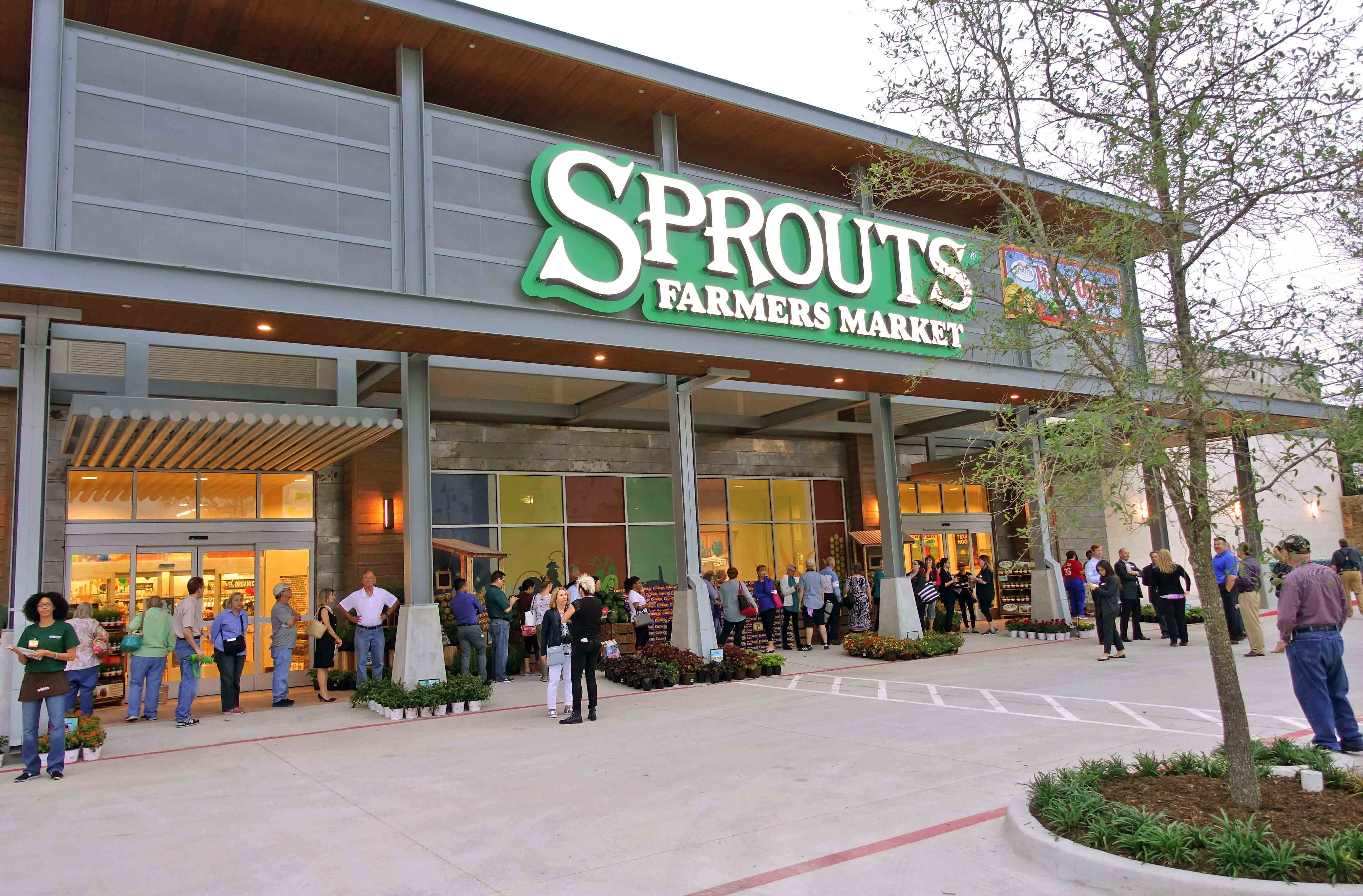 Sprouts Opening-Front of Store (ECO-SSH)